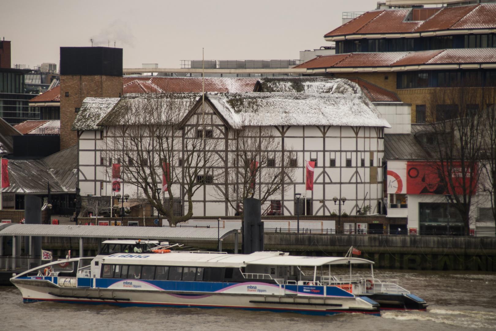 Globe Theatre 1