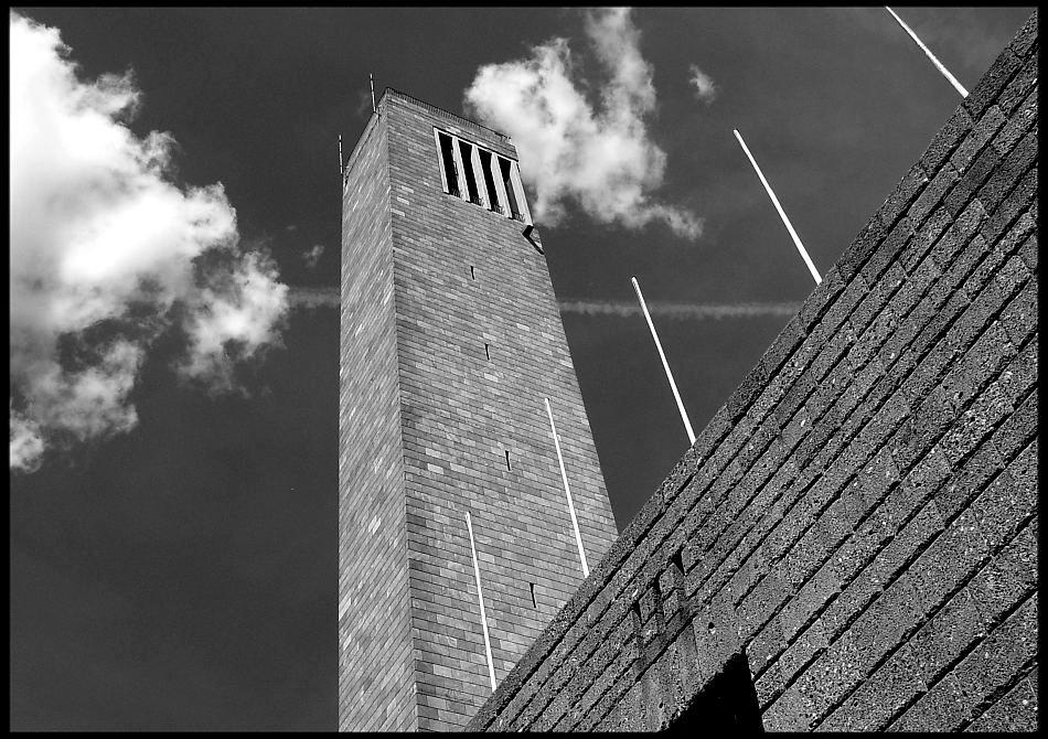 Glockenturm . . .