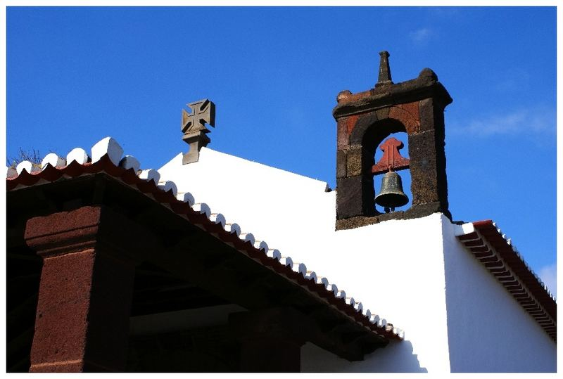 Glockenturm der Capela de Santa Catarina...