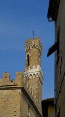 Glockenturm des Palazzo dei Priori