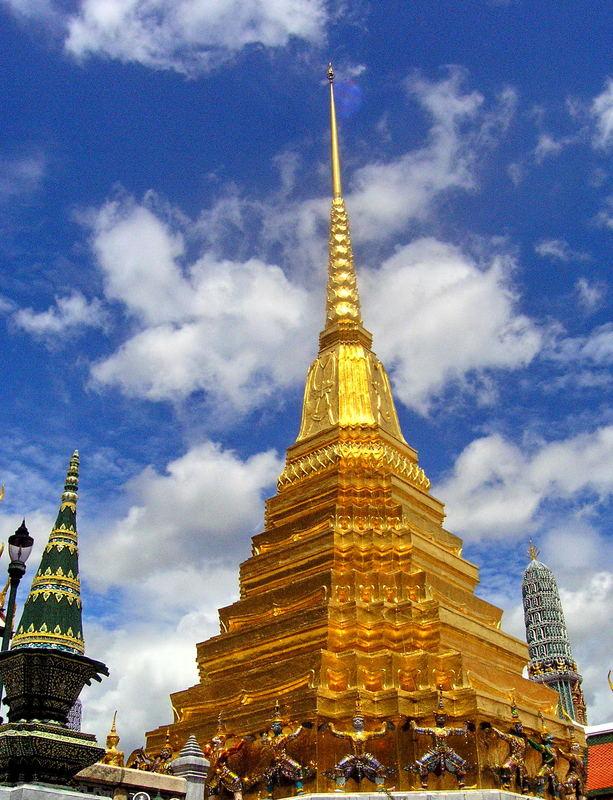Gloden Stupa