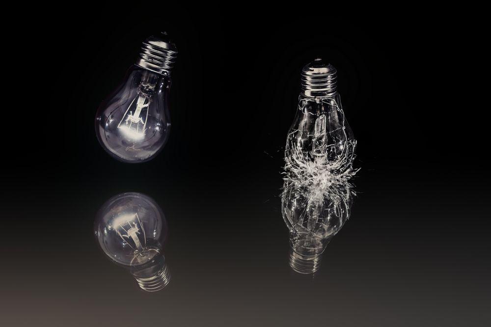 Glühbirne splittert