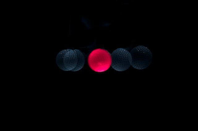 glühender Golfball