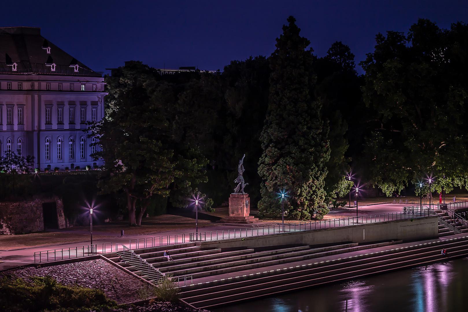 Görres-Denkmal in den Koblenzer Rheinanlagen