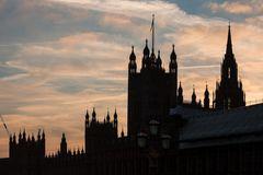 Götterdämmerung über den Houses of Parliament