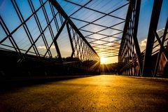 gold.blue.bridge