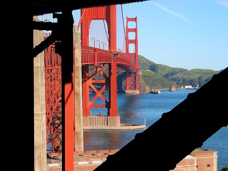 Golden Gate - aus dem Fundament