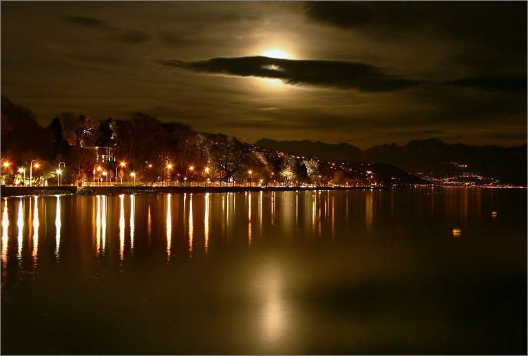 - Golden Night -