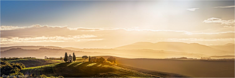 Golden Tuscan morning