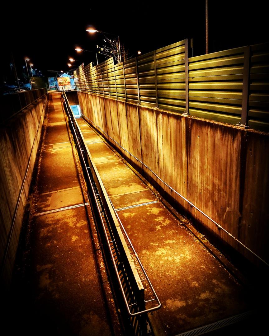 Golden Way to Underground