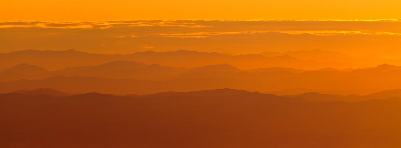 Goldener Morgen im Apennin