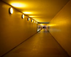 goldener Tunnel