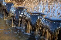 -goldener Wasserfall-