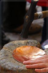 Goldenes Handwerk, Die Kupferschmiede -Der Weihnachtsteller-
