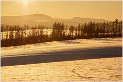 Goldenes Licht im winterlichen Weserbergland...