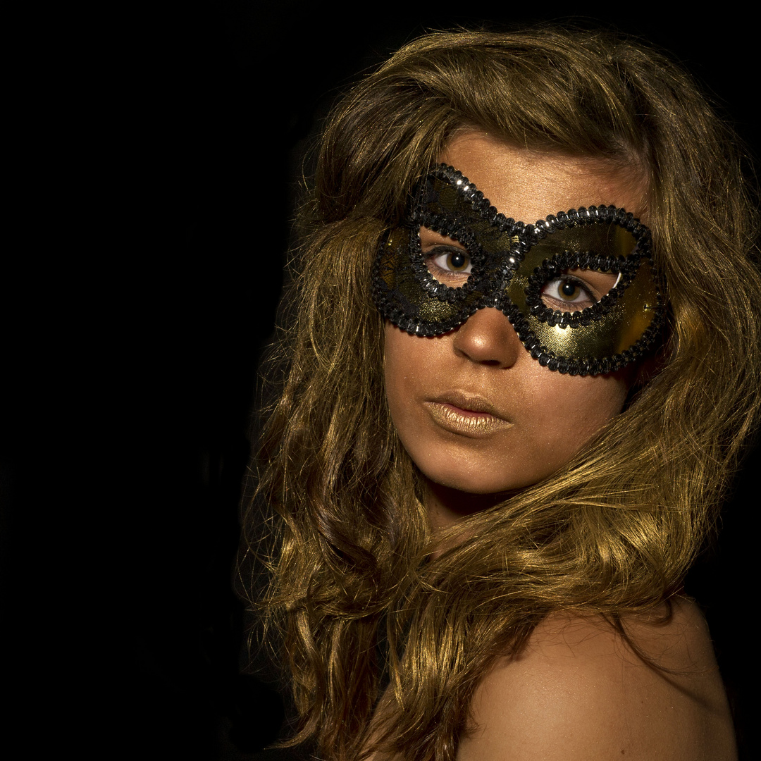 Goldmaske I