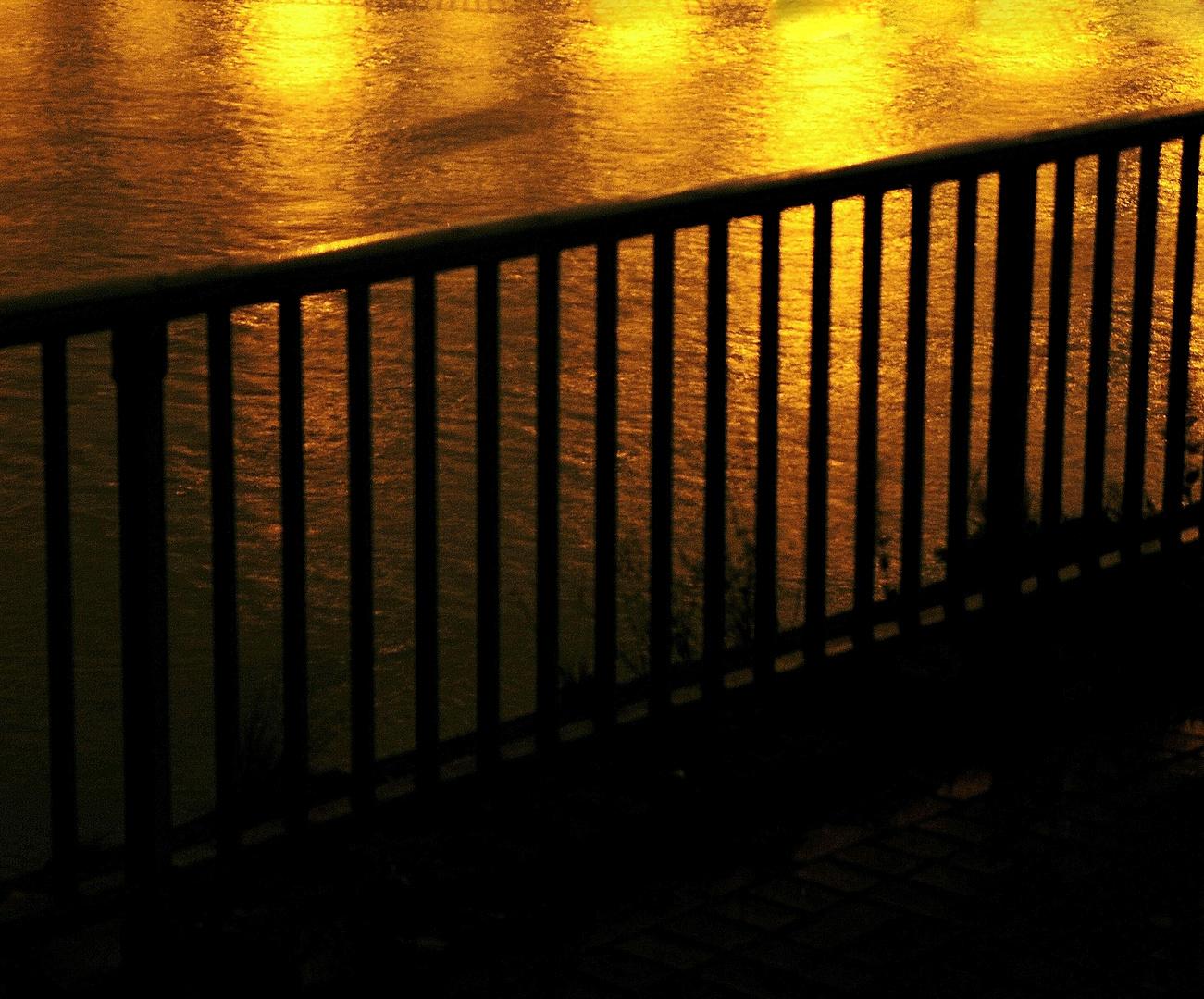 Goldwasser , , ,