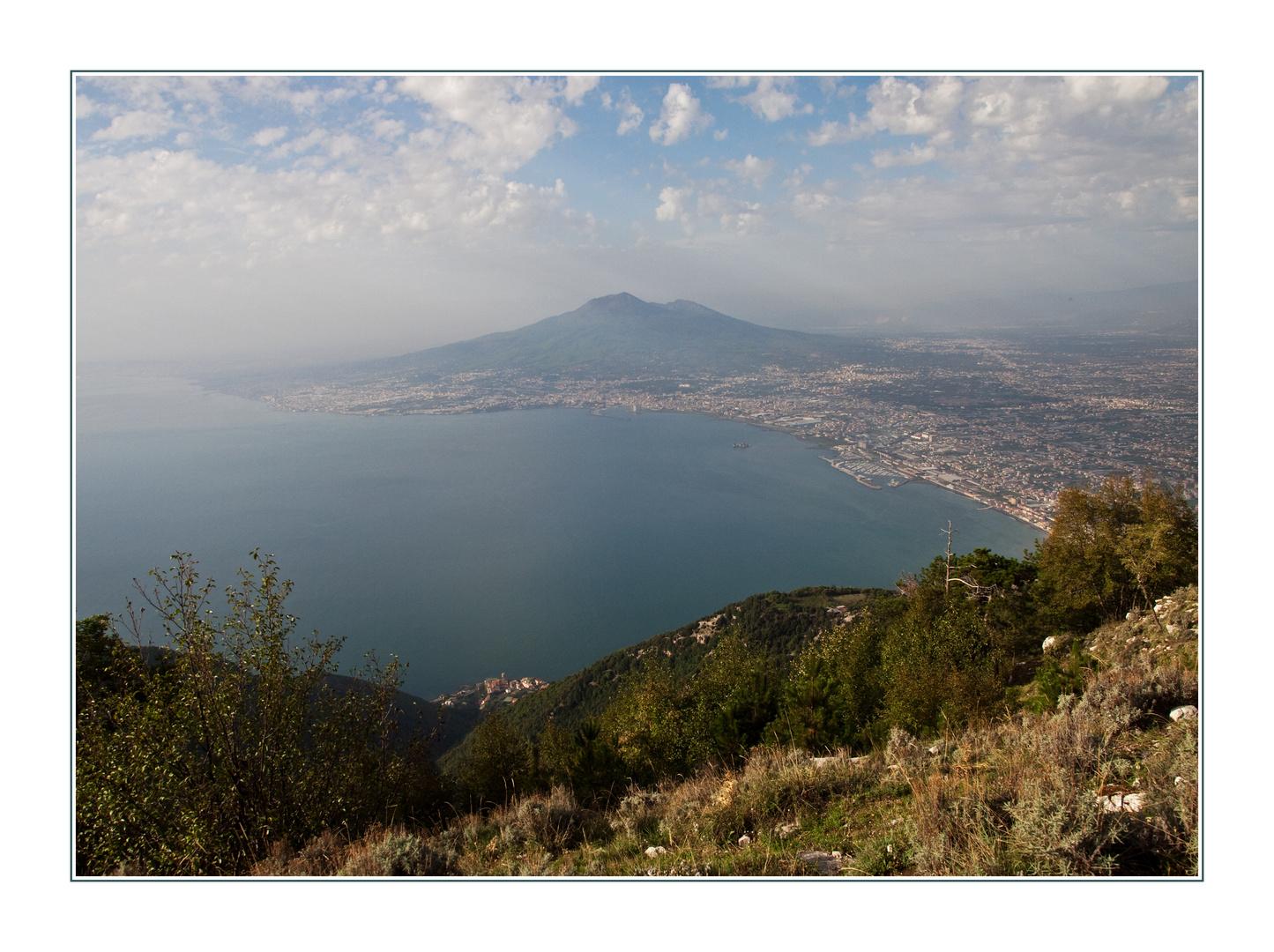 Golf von Neapel und Vesuv