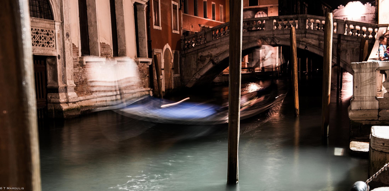 Gondola light travel