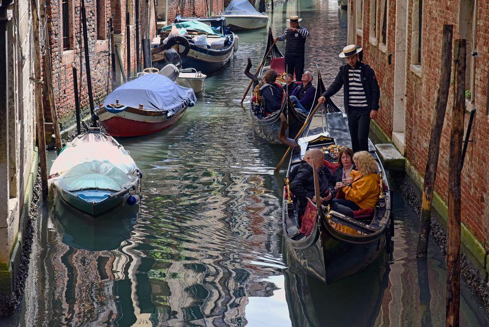 Gondoliere - Romantische Gondelfahrt in Venedig -