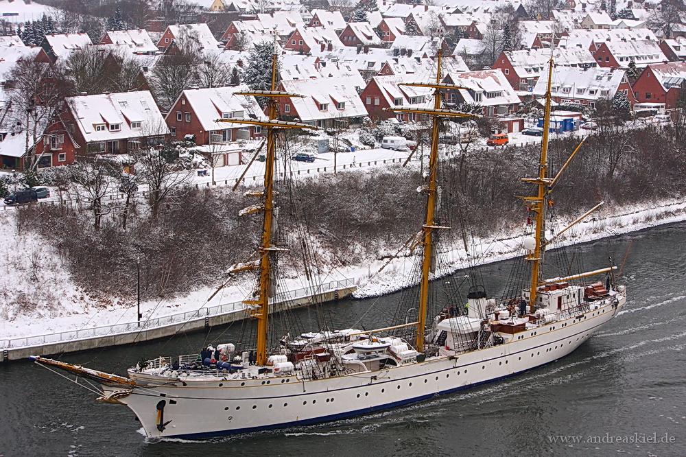 Gorch Fock im Nord-Ostsee-Kanal