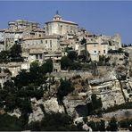 Gordes ein Städtchen in der Provence