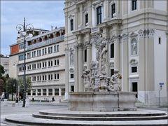 Gorizia - Brunnen an der Piazza Vittoria