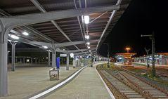 "Goslar - Bahnhof "" HBF - Bahnsteig am Abend """