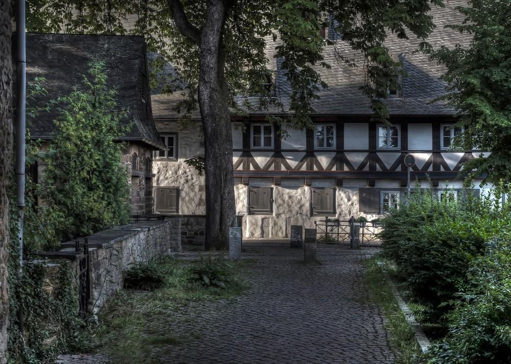 Goslar - Fassade vom Heiligen-Kreuz, entlang der Gose