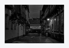 """Goslar- Stadt - Mitte """" Blick von der Worthstrasse, auf dem Weihnachtsmarkt """""""