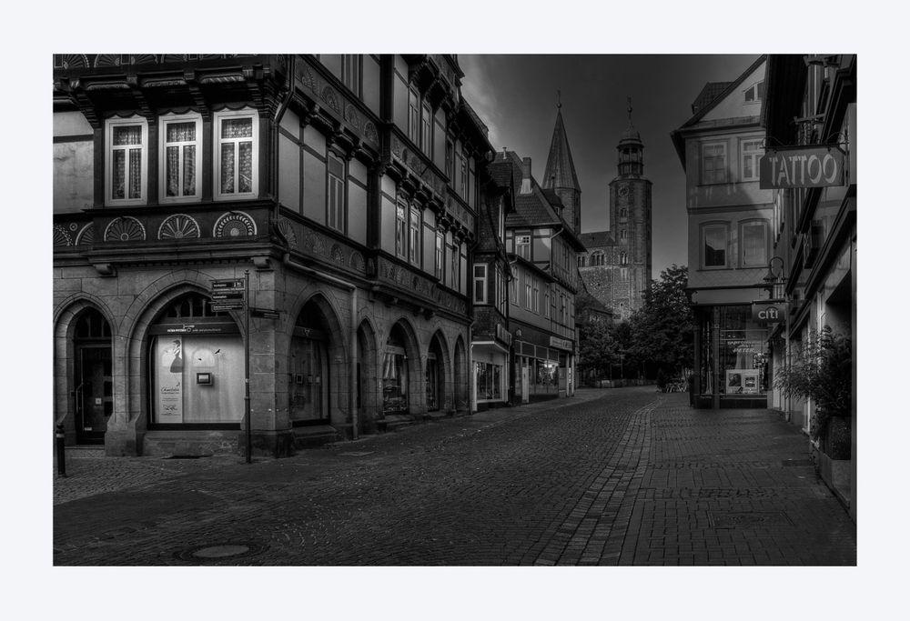 """GosLar - Stadt - Mitte """" die Marktstrasse am Morgen """""""