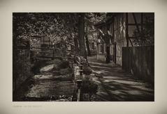 """GosLar - Unter - Stadt """" entlang der Abzucht, am Frühenmorgen im Herbst """""""
