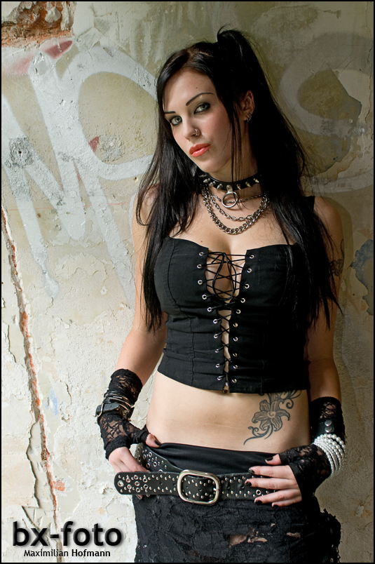 Gothic/Casual