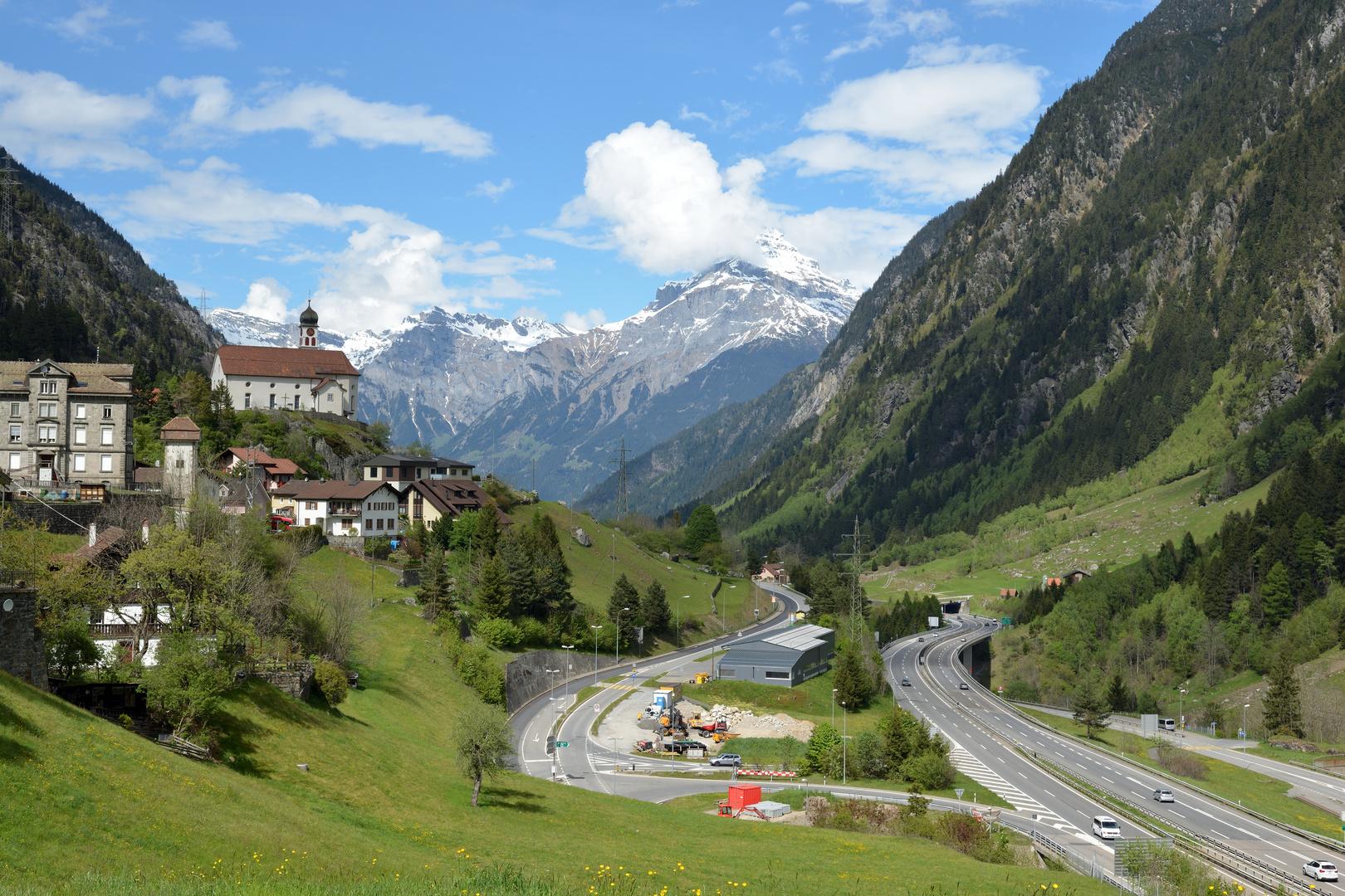 Gotthardroute über die Alpen nach Norden