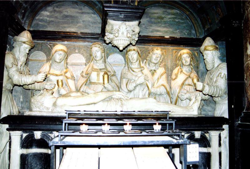 Grab in Brüsseler Kathedrale