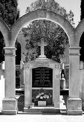 Grabmal auf Menorca