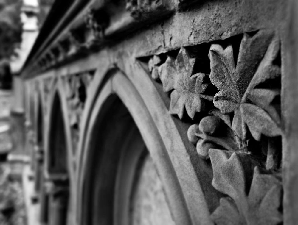 Grabmalkunst auf Melaten(4)
