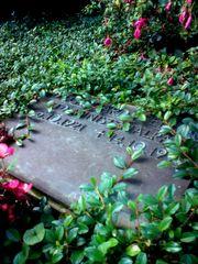 Grabplatte in Bebenhausen