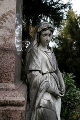 Grabskulptur auf dem Frankfurter Hauptfriedhof