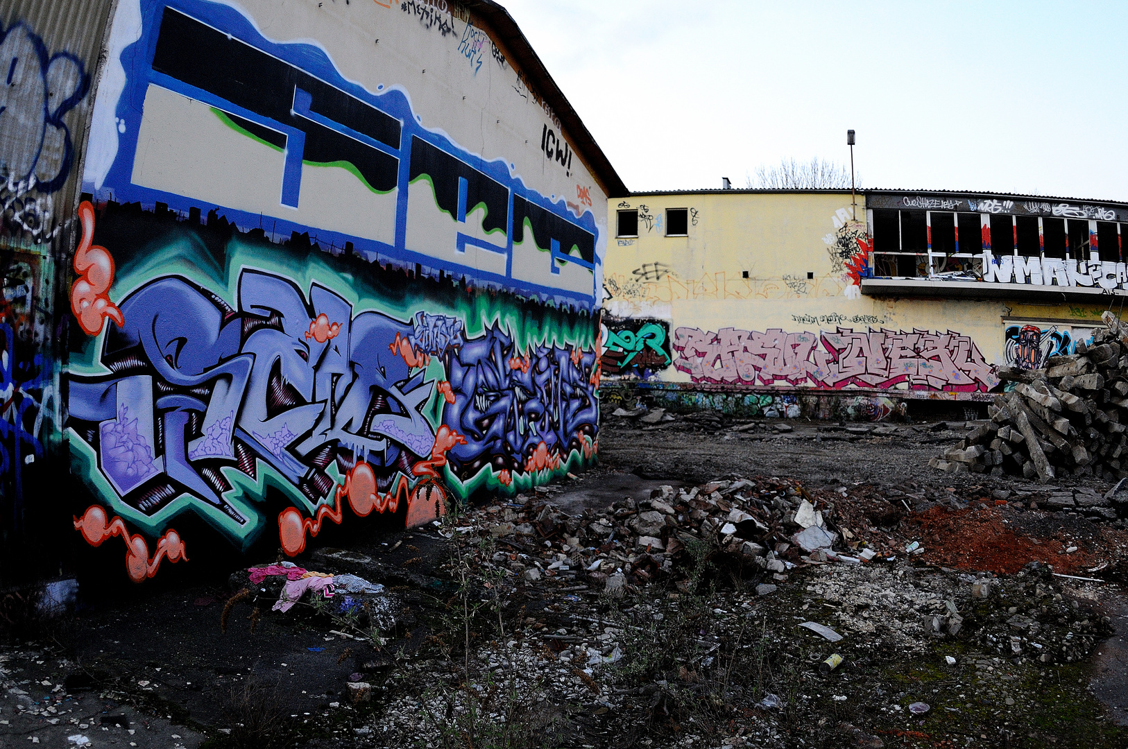 Graffic traffic