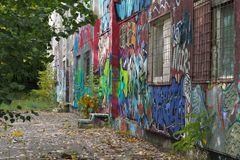 Graffiti auf Kita-Beton