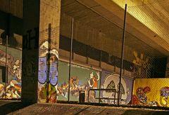 Graffiti bei Nacht