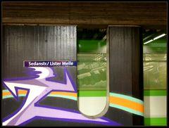 Graffiti mit Straßenbahn