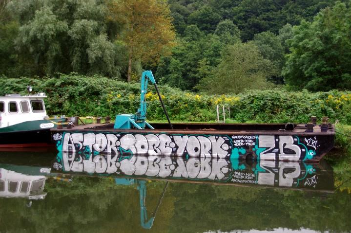 Grafitti zu Wasser