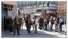 Gran Kedada Madrid 4 / Fotografos y amigos cruzando la calle. GKM4