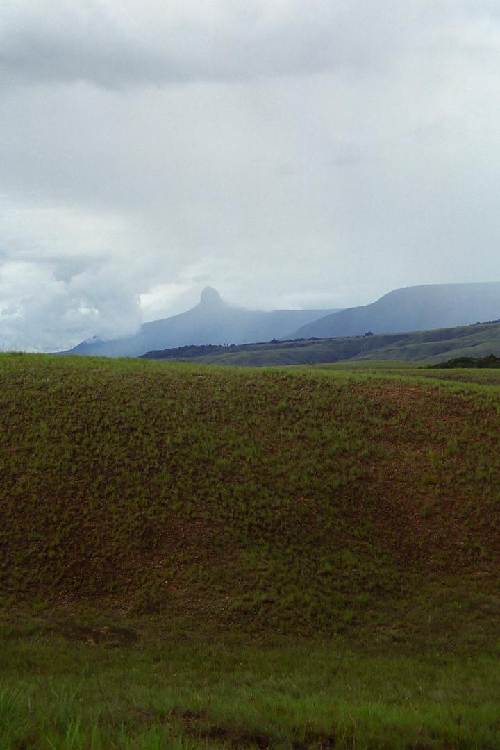 Gran Sabanna 2, Tepui Ptari