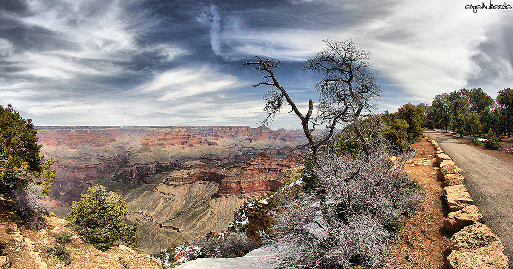 Grand Canyon road to nowhere
