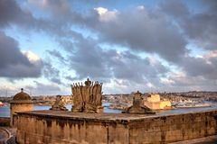 Grand Harbour Wall, last sunlight