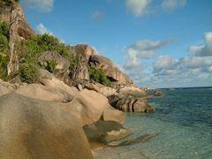 Granitküste auf La Digue