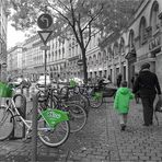 Grau mit Grün............